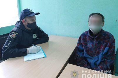 52-letnij-zhitel-zaporozhskoj-oblasti-zabrosal-musorom-memorialnyj-kompleks-bratskoe-kladbishhe.jpg