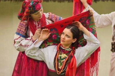 7-grudnya-den-ukrad197nskod197-hustki.jpg