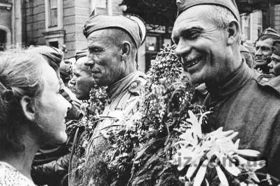 70-let-nazad-vyshel-sudbonosnyj-dembelskij-prikaz-zaporozhskoe-eho.jpg
