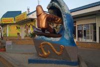 a-chto-vidite-vy-vnimanie-otdyhayushhih-v-kirillovke-privlekla-dvusmyslennaya-skulptura-foto.jpg