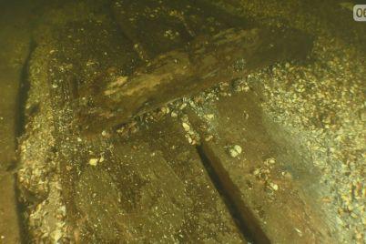 arheolog-rasskazal-o-sudne-kotoroe-lezhit-na-dne-dnepra-v-zaporozhe-foto.jpg