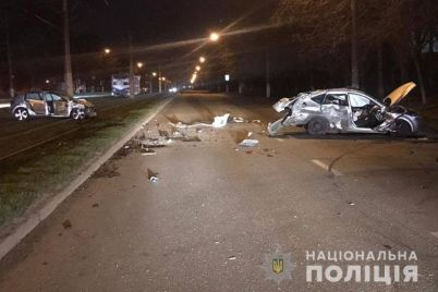 avto-rozbilos-vshhent-u-zaporizhzhi-stalasya-smertelna-avariya.jpg
