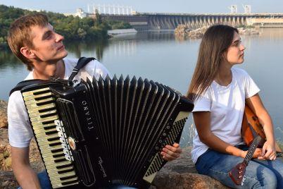 believer-z-kozakami-zaporizki-muzikanti-prezentuvali-vlasnu-versiyu-populyarnogo-hita.jpg