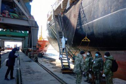 berdyanskij-port-prijnyav-korabli-z-livanu-ta-italid197-shho-z-ekipazhami.jpg