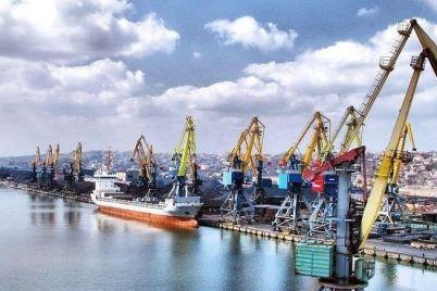 berdyanskij-port-suditsya-s-firmoj-kotoraya-ne-postavila-im-oborudovanie-nabu-podozrevaet-portovikov-v-korrupczii.jpg