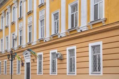 berdyanskij-prokuror-privatiziroval-sluzhebnuyu-kvartiru-kupil-dom-i-poluchil-zemlyu.jpg