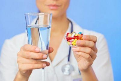 besplatnye-lekarstva-ot-raka-molochnoj-zhelezy-raspredelili-mezhdu-oblastyami.jpg