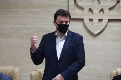 bez-premij-uznajte-skolko-zarabatyvaet-gubernator-zaporozhskoj-oblasti.jpg