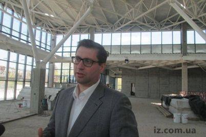 bloger-zayaviv-shho-batko-odnogo-z-kerivnikiv-aeroportu-zaporizhzhya-praczyud194-rektorom-v-instituti-dnr.jpg