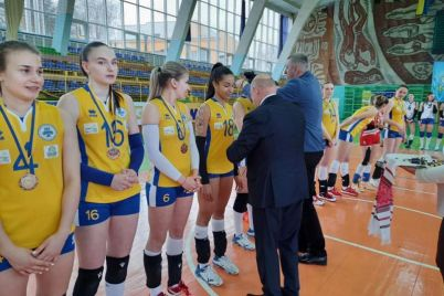 bronza-zhenskoj-volejbolnoj-superligi-vozvrashhaetsya-v-zaporozhe.jpg