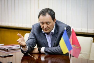 bryl-posovetoval-detektivam-nabu-zabyt-o-ego-deklaraczii-i-zanyatsya-svinarchukom.jpg