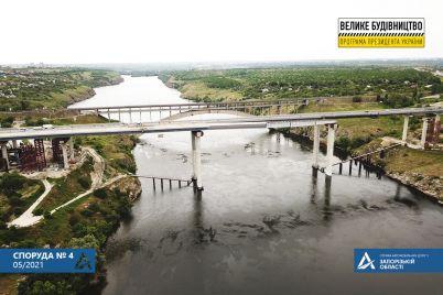 chto-proishodit-na-stroitelstve-mostov-v-zaporozhe-foto.jpg