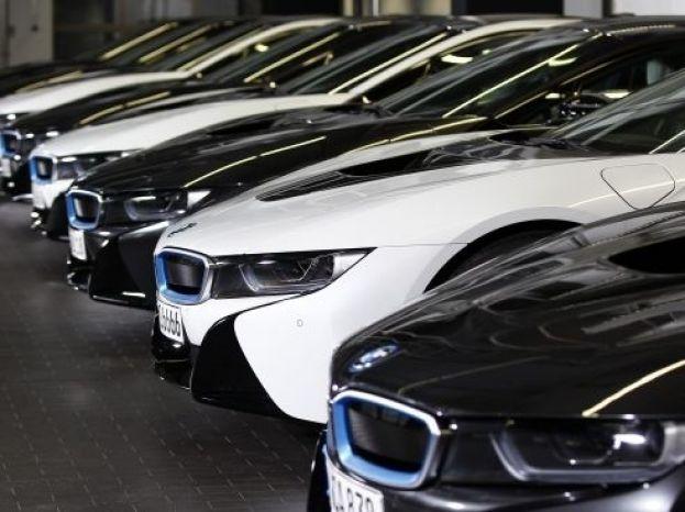 Стало известно, на сколько пополнился бюджет за счет запорожских владельцев элитных авто