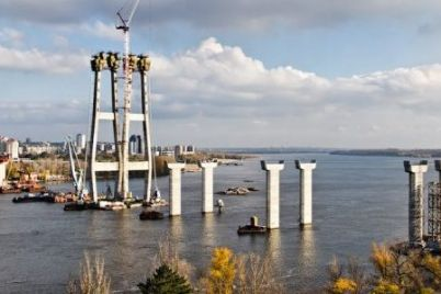 deputaty-verhovnoj-rady-vydelili-dengi-na-stroitelstvo-zaporozhskih-mostov.jpg
