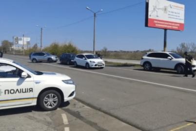 doroga-na-more-chto-proishodit-na-kpp-v-zaporozhskoj-oblasti-video-foto.png