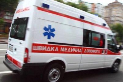 dtp-s-postradavshimi-i-ognestrelnoe-ranenie-rabota-zaporozhskoj-skoroj-za-sutki.jpg