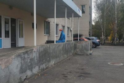 glavvrach-bolniczy-v-oranzhevom-gorode-zaporozhskoj-oblasti-vozmushhen-povedeniem-zemlyakov.jpg