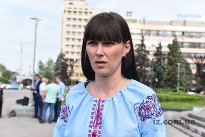 glavvrach-iz-oranzhevogo-rajczentra-zaporozhskoj-oblasti-obratilas-k-hejteram-video.jpg