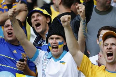 gotov-krichalki-bolelshhikam-razreshili-prisutstvovat-na-sportivnyh-matchah-v-ukraine.jpg