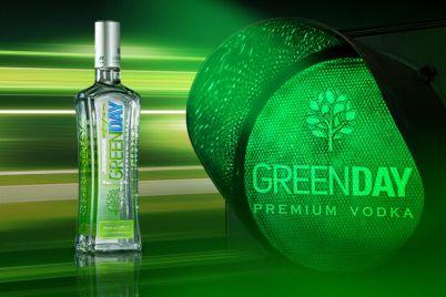 greenday-vmikad194-zelene-svitlo-tvod194d197-svobodi.jpg