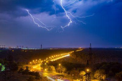 grozi-grad-i-tuman-yakoyu-bude-pogoda-u-zaporizkij-oblasti-czogo-tizhnya.jpg