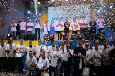 grushevyj-desert-prines-pobedu-studentke-iz-berdyanska.jpg
