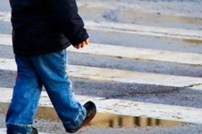 hodil-v-odnih-trusah-v-dnepre-na-ulicze-nashli-2-letnego-malchika.jpg