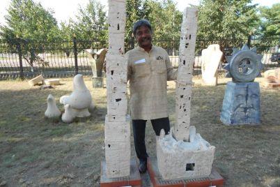 indijskij-skulptor-podelilsya-vpechatleniyami-ot-pervogo-poseshheniya-sela-v-zaporozhskoj-oblasti.jpg