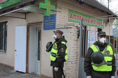 infekczionnuyu-bolniczu-v-zaporozhe-vzyali-pod-kruglosutochnuyu-ohranu-foto.jpg