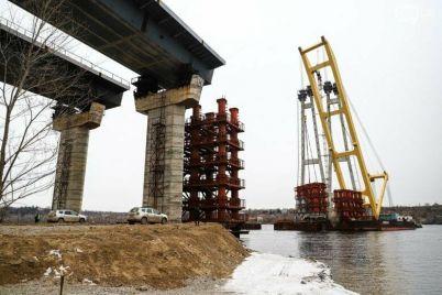 iz-za-stroitelstva-mostov-v-zaporozhe-chastichno-budet-ogranichena-rechnaya-navigacziya.jpg