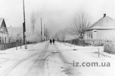 kak-nado-bylo-ubirat-sneg-v-zaporozhe-70-let-nazad.jpg