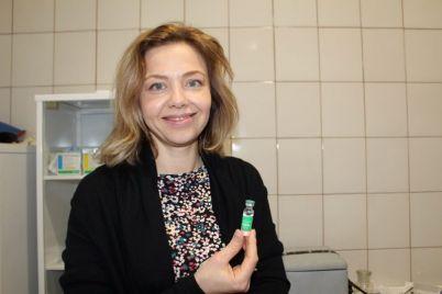 kak-prohodit-vakczinacziya-ot-covid-19-v-odnoj-iz-samyh-prodvinutyh-gromad-zaporozhskoj-oblasti-foto.jpg