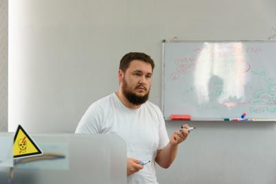 kak-uberech-rebenka-ot-ugrozy-v-internete-prilozheniya-i-sovety-ekspertov-foto.png
