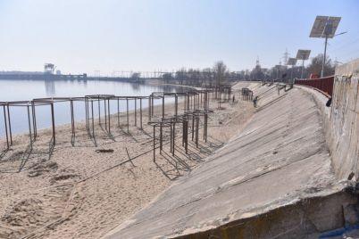 kak-v-zaporozhe-prodvigaetsya-rekonstrukcziya-pravoberezhnogo-plyazha-foto.jpg