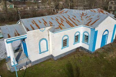kak-vyglyadit-starejshij-hram-presvyatoj-bogorodiczy-v-zaporozhskoj-oblasti-foto.jpg