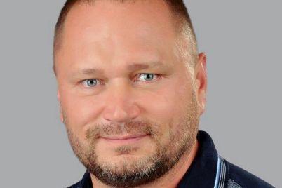 kandidat-po-okrugu-e28496183-aleksej-rybakov-snyalsya-s-vyborov-v-polzu-eks-mera-hersona-vladimira-saldo.jpg