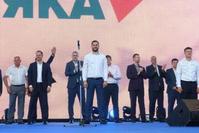 komanda-vladimira-buryaka-idet-v-verhovnuyu-radu-pri-podderzhke-zaporozhczev.jpg