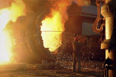 kurs-vizhivannya-yak-ukrad197nski-metalurgi-budut-dolati-svitovu-krizu.jpg
