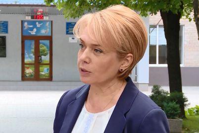 liliya-grinevich-pobuvala-u-zaporizhzhi-ta-perevirila-gotovnist-osvitnih-zakladiv-do-novogo-navchalnogo-roku.jpg