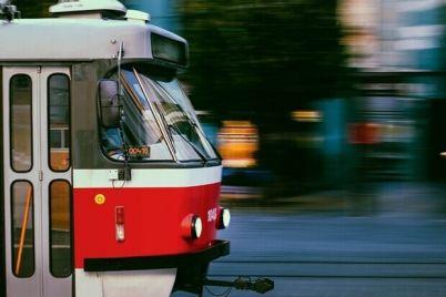 luchshe-peshkom-v-ponedelnik-tramvai-e284968-budut-kursirovat-po-drugomu.jpg