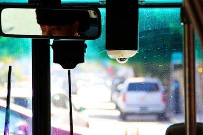 lyubish-katatsya-lyubi-i-marshrutku-tolkat-passazhiram-22-avtobusa-prishlos-podnapryachsya.jpg