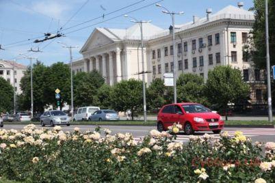 mer-zaporozhya-predlozhil-gorozhanam-prinyat-uchastie-v-interesnom-fleshmobe-foto.jpg