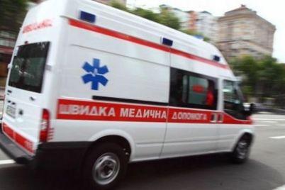 mnozhestvo-dtp-i-nozhevye-raneniya-rabota-zaporozhskoj-skoroj-za-sutki.jpg