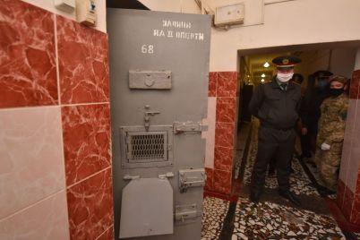 na-dengi-nebednogo-arestanta-v-zaporozhskom-sizo-otremontiruyut-tri-obshhie-kamery.jpg