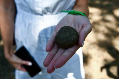 na-horticze-arheologi-nashli-kamennoe-svyatilishhe-kotoromu-5000-let-fotoreportazh.jpg