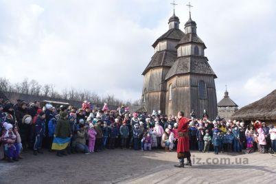 na-horticze-otkroyut-dom-kazaka-i-pokazhut-unikalnuyu-ikonu.jpg