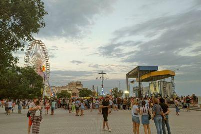 na-kurorte-v-zaporozhskoj-oblasti-proshel-goryachij-festival-foto.jpg