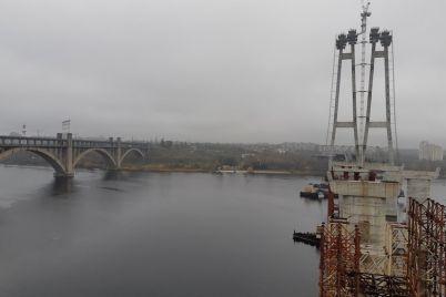 na-stroitelstvo-zaporozhskih-mostov-obuyavlen-mezhdunarodnyj-tender.jpg