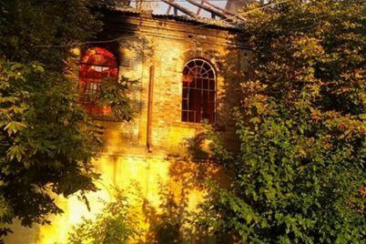 na-teritorid197-starovinnod197-budivli-u-zaporizkij-oblasti-zajnyalasya-pozhezha.jpg