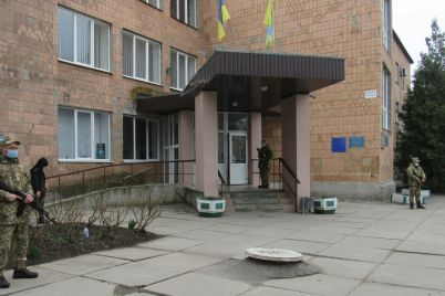 na-vneplanovyh-sborah-zaporozhskih-rezervistov-proshli-ucheniya-po-ohrane-adminzdanij-i-infrastrukturnyh-obuektov-foto.jpg